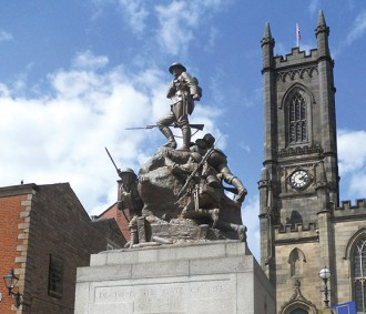 oldham-civic-war-memorial_feature